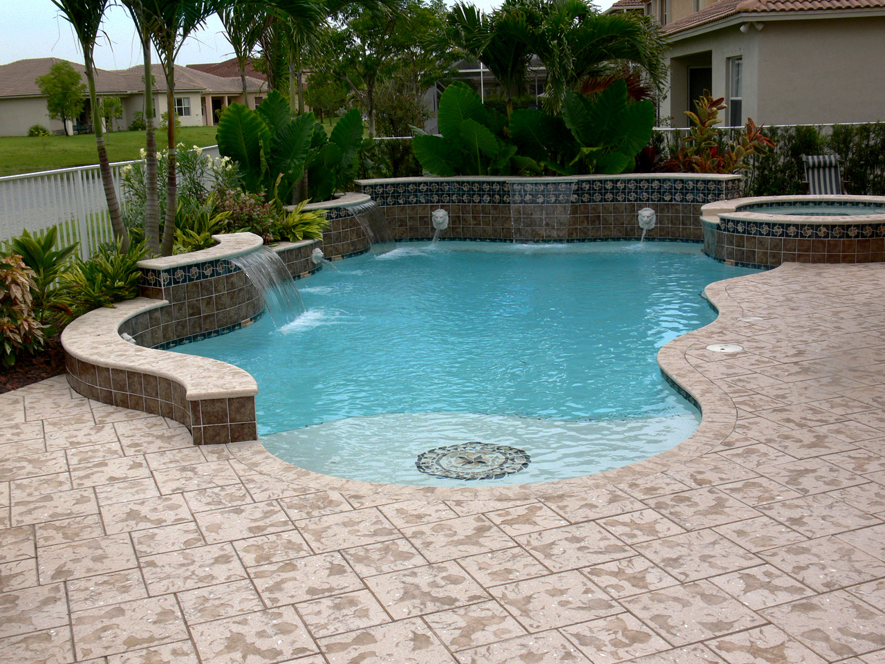 Pool Pictures Gallery : Ultimate pool remodeling swimming pavers gallery